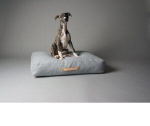 Mooie hondenkussens Scandinavische woonstijl